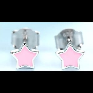 ⭐️ mini pink star earrings ⭐️